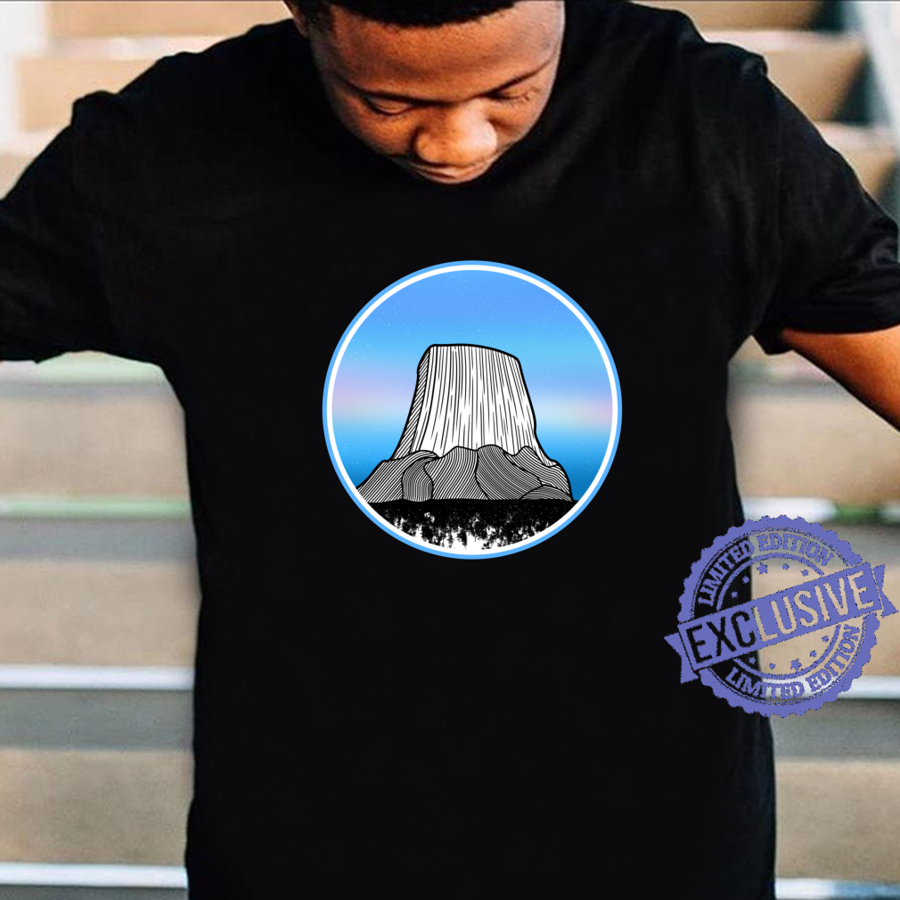The devils tower Wyoming Shirt