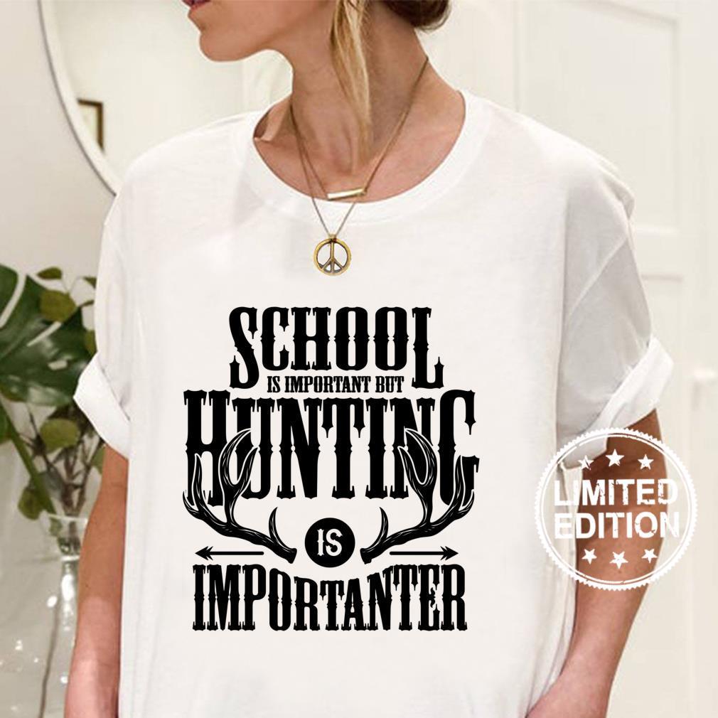 Whitetail Buck Fun Deer Jagdsaison Schule ist wichtig Langarmshirt Shirt